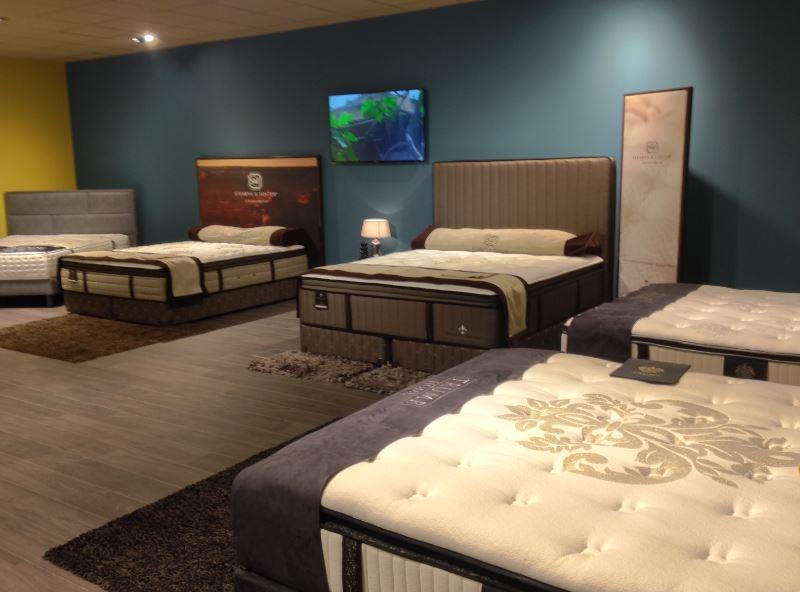 la compagnie de la literie cgmrotterdam. Black Bedroom Furniture Sets. Home Design Ideas
